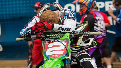 b2ap3_thumbnail_ryan-villopoto-out-for-motocross-of-nations-monster-energy-kawasakis-villopoto-to-get-surgery.jpg